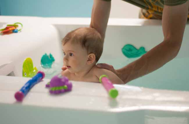 When To Introduce Bath Toys For Your Baby